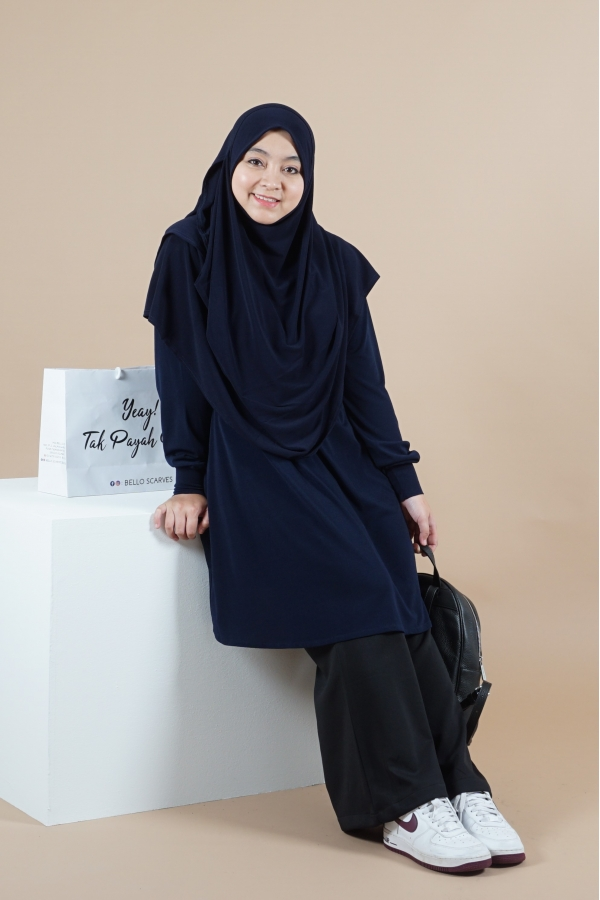 Xtra Luna Blouse - Navy Blue